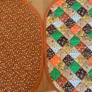 (3) Reversible Vintage placemats